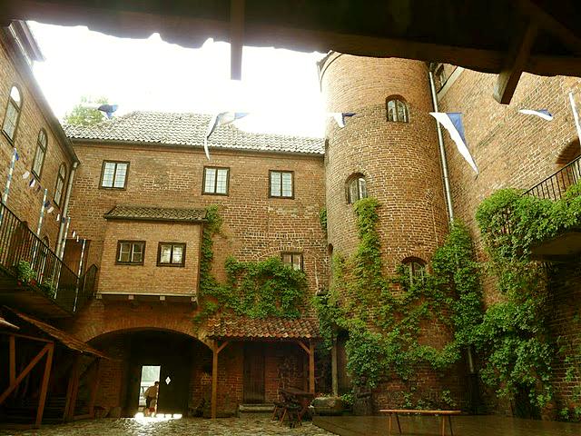 Dziedziniec zamku w Kętrzynie