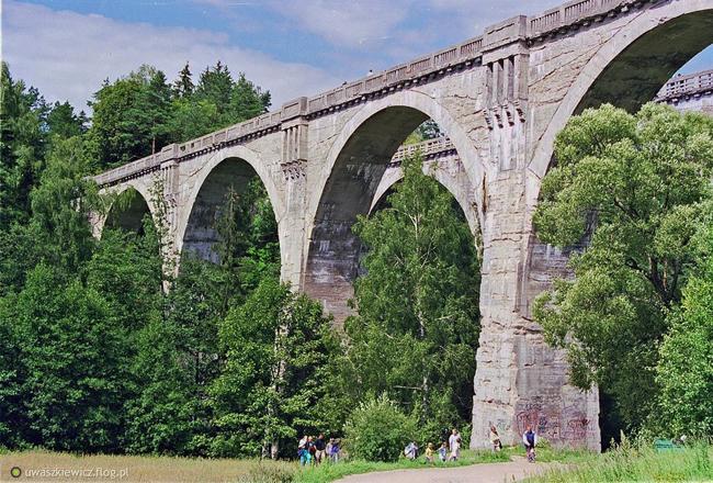 Zabytkowe mosty we wsi Stańczyki