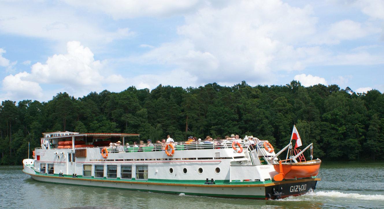 Rejsy statkiem po mazurskich jeziorach