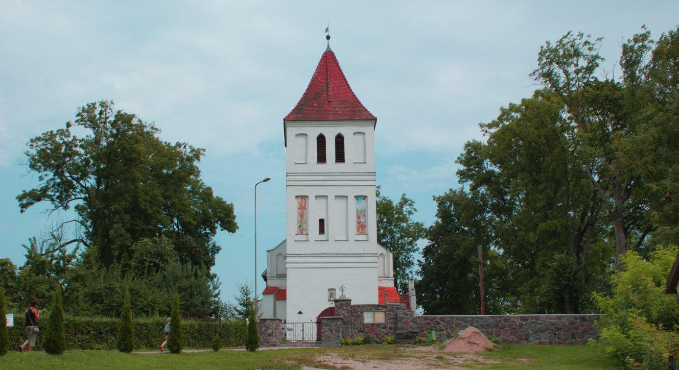 Zabytkowy kościół w Węgielsztynie